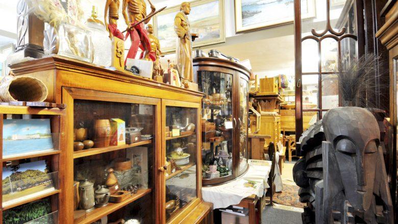 アリイ・アンティークス・オブ・カイルア2号店/Ali'I Antiques of Kailua II