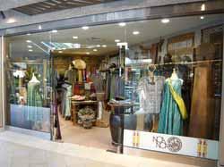 リゾートウェア専門店「ノアノア」がロイヤル・ハワイアン・センターにオープン!