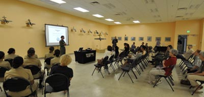 太平洋航空博物館パールハーバーで航空業界のプロやワークショップを開催