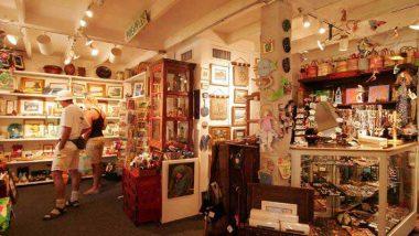 ヴィレッジ・ギフト&ファイン・アート/Village Gift & Fine Art