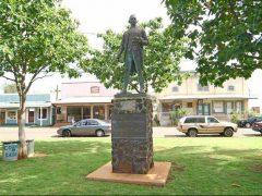 キャプテン・クック上陸記念碑/Captain Cook Monument