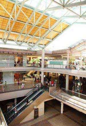 アラモアナセンターで『ショップ・ア・レア』を開催&新ショップ・オープン