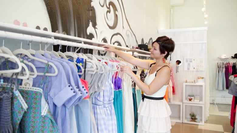 メンズ、レディースともにハワイらしいアイテムが揃う全米で人気のブランド「ロベルタ・オークス(Roberta Oaks)」