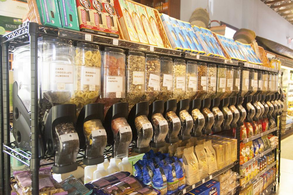 リビング・フーズ・マーケット・アンド・カフェ