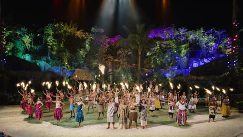 【人気ツアー特集】ポリネシア伝統のショーや音楽を、食事とともに満喫しよう