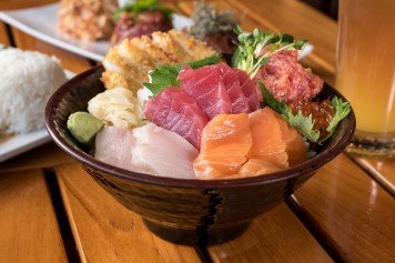 uncle's_special_sushi_bowl_1