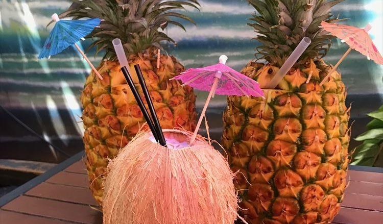 クックー・ココナッツ・ワイキキ / Cuckoo Coconuts Waikiki