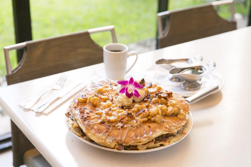 ハワイの人気パンケーキ「エルビス」