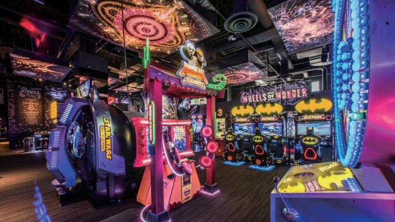 2017年夏、アラモアナセンターに大型エンタメ施設「ラッキー・ストライク・ソーシャル」がオープン