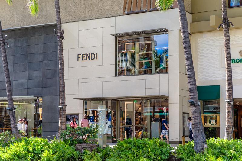 fendi-new-exterior-1