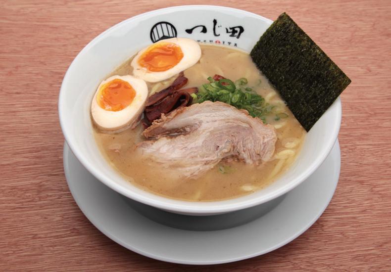 tsujita-hawaii-ajitama-ramen