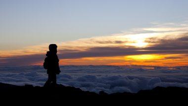 自然が作り出す荘厳な景色に感動が止まらない!魂をふるわす、ハワイの絶景5選
