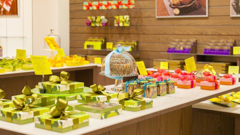 ハワイみやげの定番品!かわいい見た目と抜群の味を兼ね備えたクッキー店