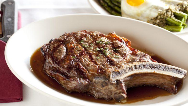 極上肉をがっつりと!心ゆくまでステーキが堪能できるワイキキのレストラン