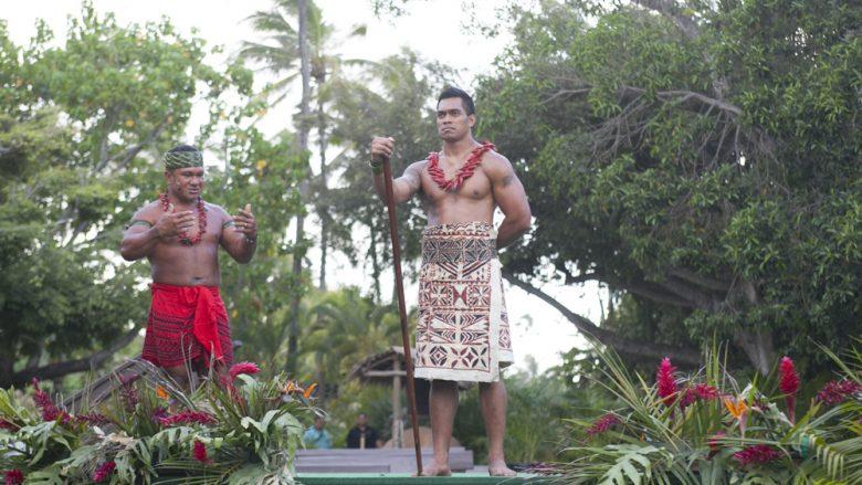 本格的なルアウ&大迫力のショーで、ハワイアン・スピリットに包まれた夜を過ごす