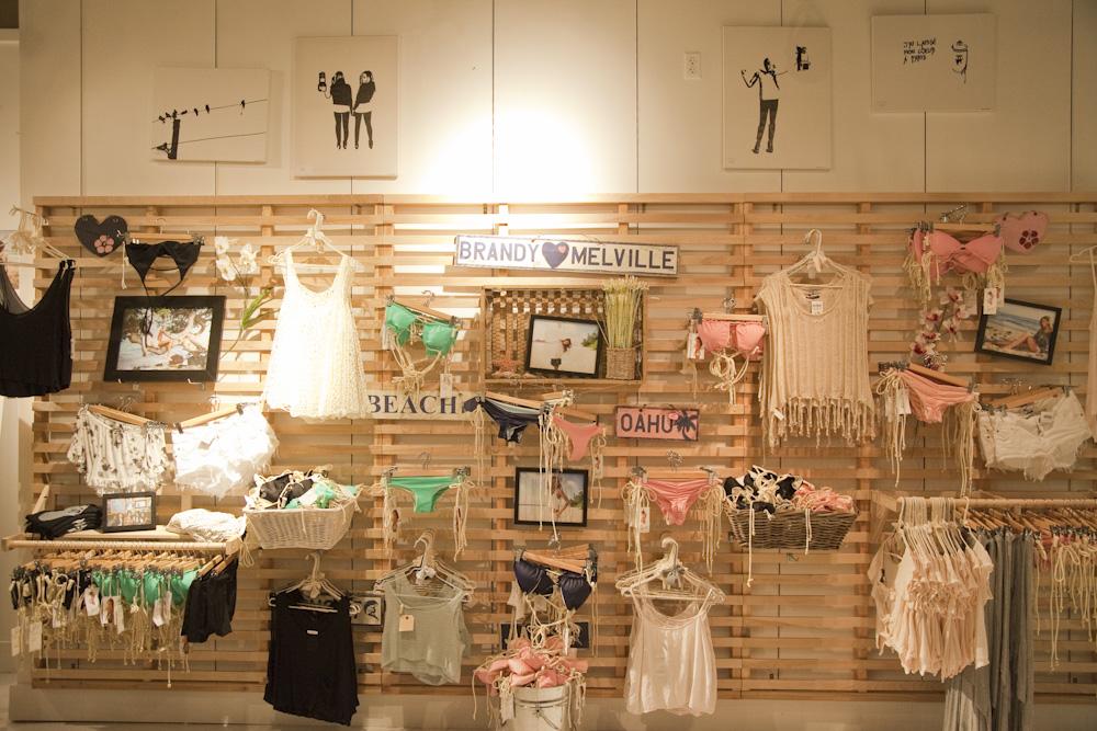 ブランディー&メルヴィル/Brandy & Melville(アラモアナ店)