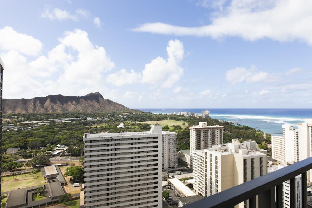 Aston at the Waikiki Banyam/アストン・アット・ザ・ワイキキ・バニヤン