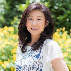 新井 朋子 ≪ハワイ神話・聖地・歴史に関する著作家。自然療法家≫