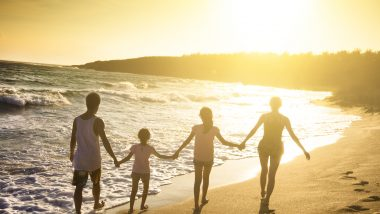 家族でハワイ旅行! お子さま連れでいくなら何歳がベスト!?