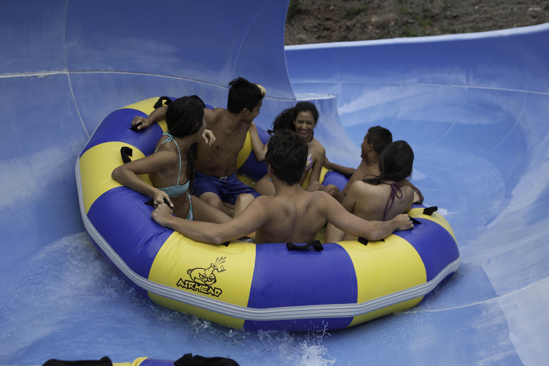 Wet'n'Wild Hawaii/ウエット・アンド・ワイルド・ハワイ