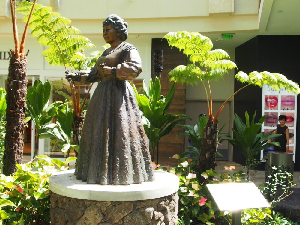 カメハメハ4世&エマ王妃/KamehamehaⅣ & Queen Emma Statue