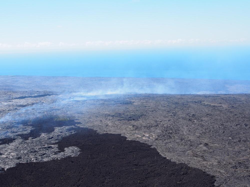 ヒロ発・火山と滝ツアー (パラダイス・ヘリコプターズ)/Hilo: Volcanoes & Waterfalls Extreme (Paradise Helicopters)