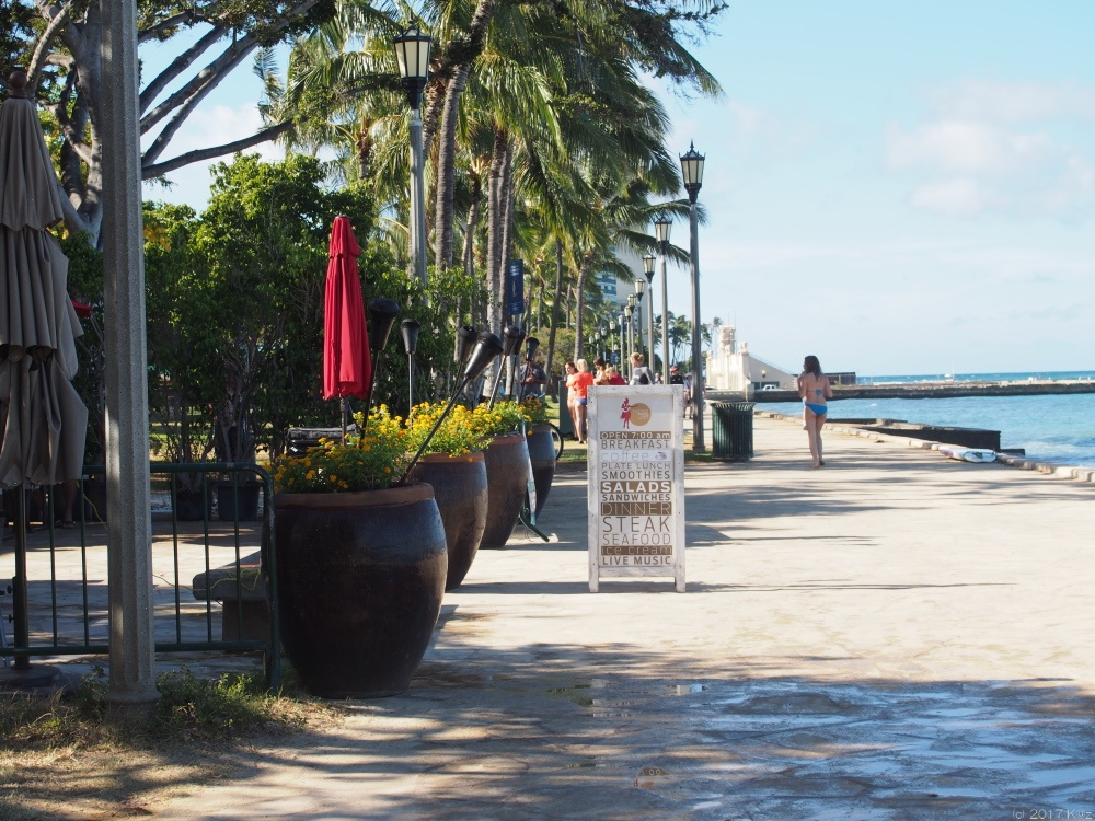 ベアフット・ビーチカフェ/Barefoot Beach Cafe