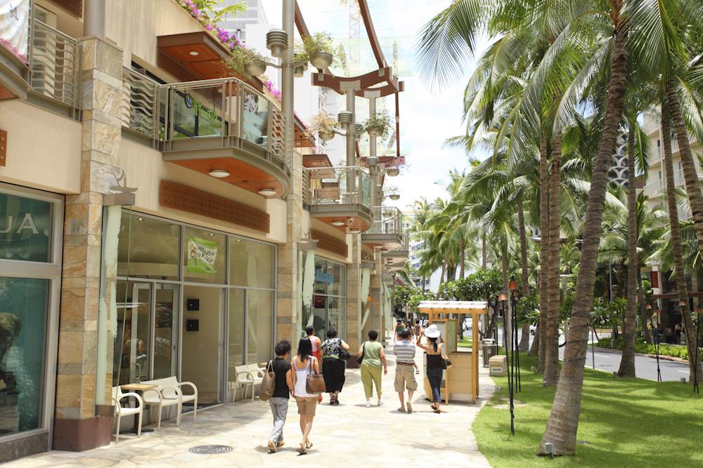ワイキキ・ビーチ・ウォーク・フラステージ/Waikiki Beach Walk