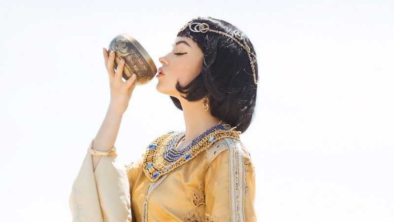 クレオパトラも愛飲♪ハイビスカスティー3つの美容効果