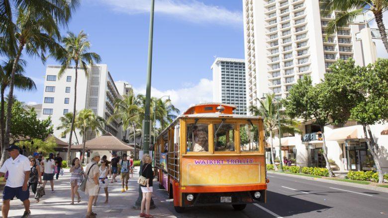 ハワイ旅行の強い味方! スマホに入れておきたい便利アプリ