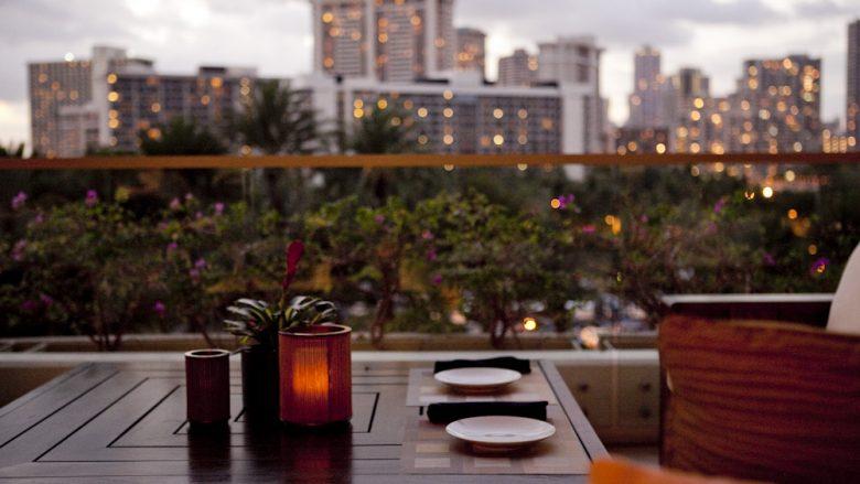 ハワイ初心者でも安心して楽しめる!ワイキキぷらっと夜遊びバー3選