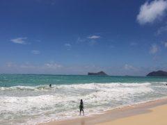 ロコもまばら。ハワイの「ワイマナロビーチ」で静かなハワイ時間を楽しもう♪