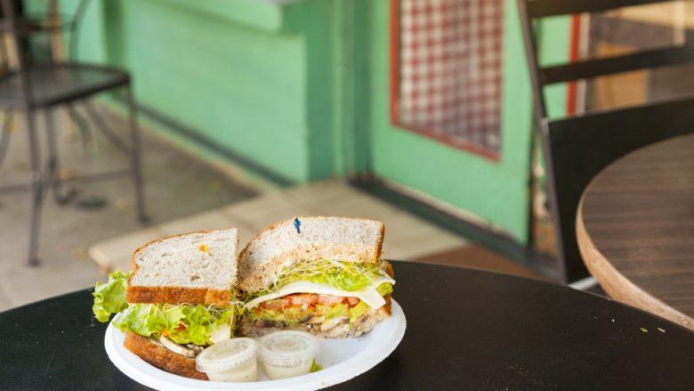 南国ハワイの萌え断サンドイッチ