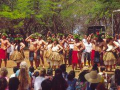 フラの女神ラカとモロカイ島の「カ・フラ・ピコ・フェスティバル」