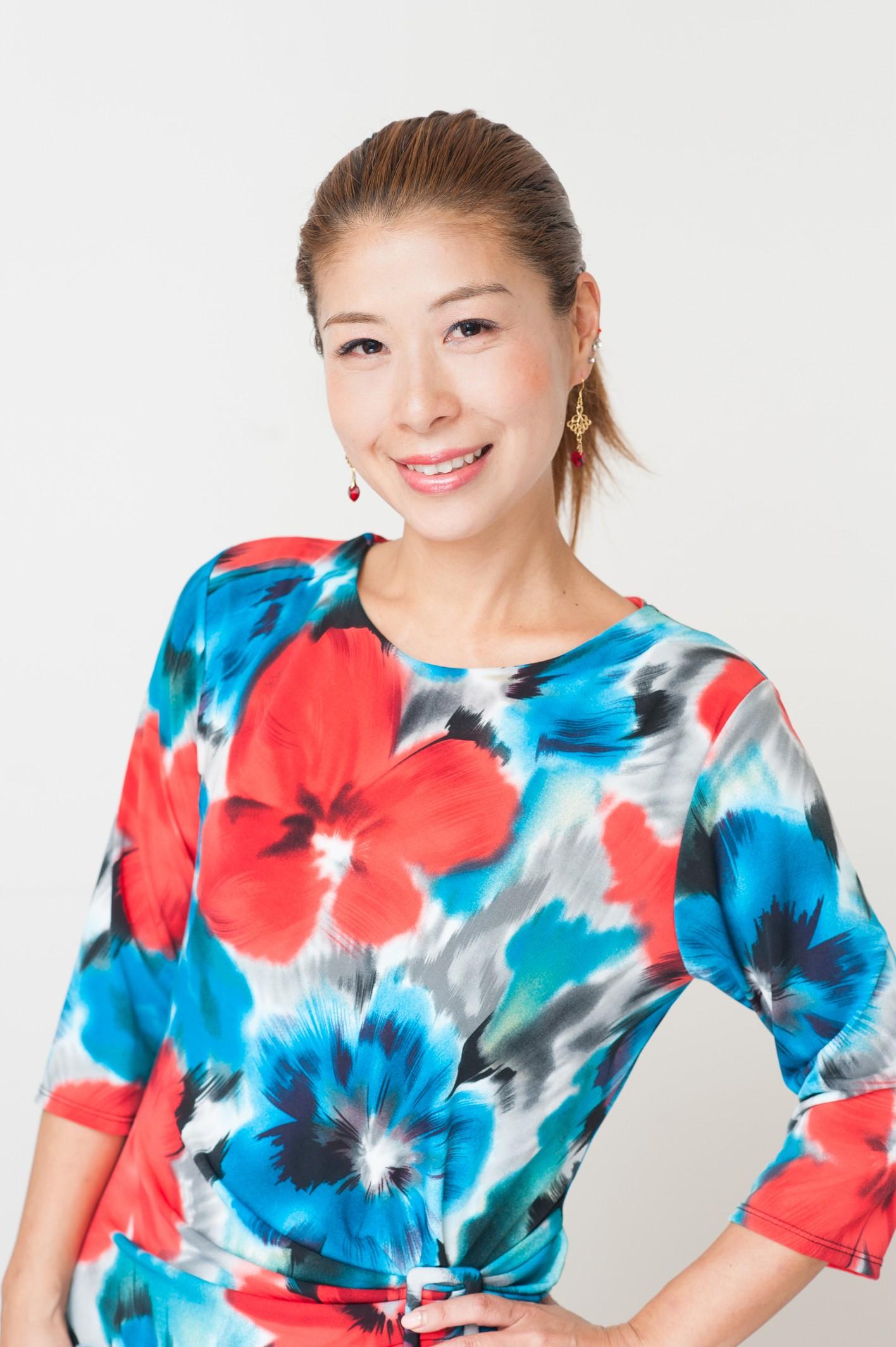 ニー亜紀子