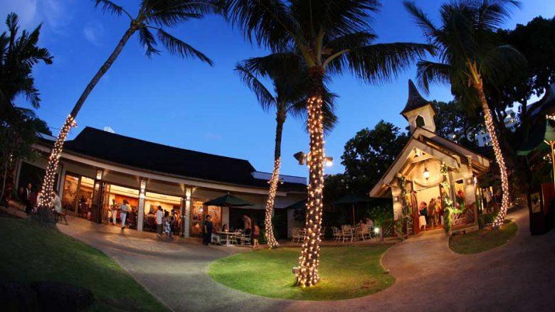 ロコレスラン「The Willows」でハワイアンフードを楽しもう