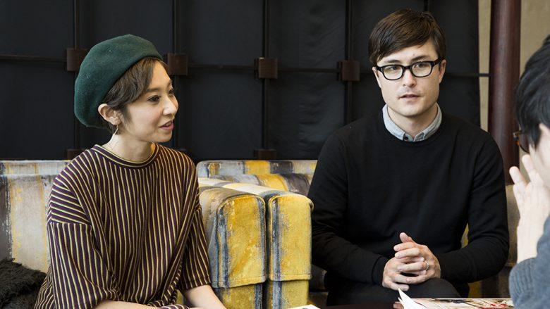 """【インタビュー】「MORI by ART+FLEA」オーナーAlyさん、Travisさん「アーティストと世界を繋ぐ""""架け橋""""になれたらうれしい」"""