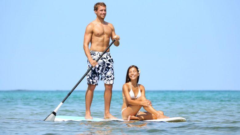 サーフィン未経験者大歓迎!虹にも会えるワイキキビーチでSUPに挑戦しよう♪