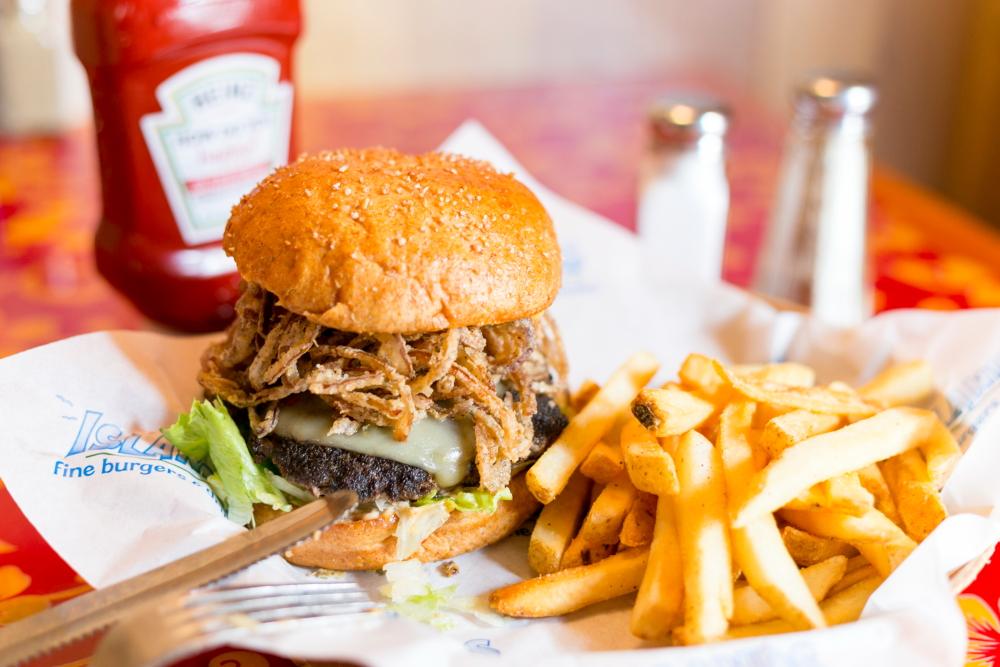 アイランド・ファイン・バーガー&ドリンク/Island Fine Burgers & Drinks