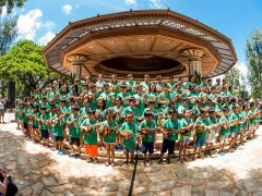 ハワイのアロハ大使、ダニー・カレイキニに捧げる夏の祭典『第48回ウクレレフェスティバル・ハワイ』開催