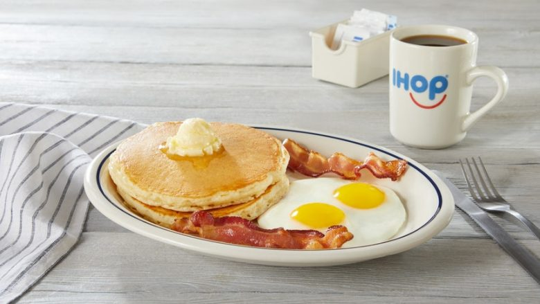IHOPは甘いだけじゃない!朝食メニュー「2×2×2」