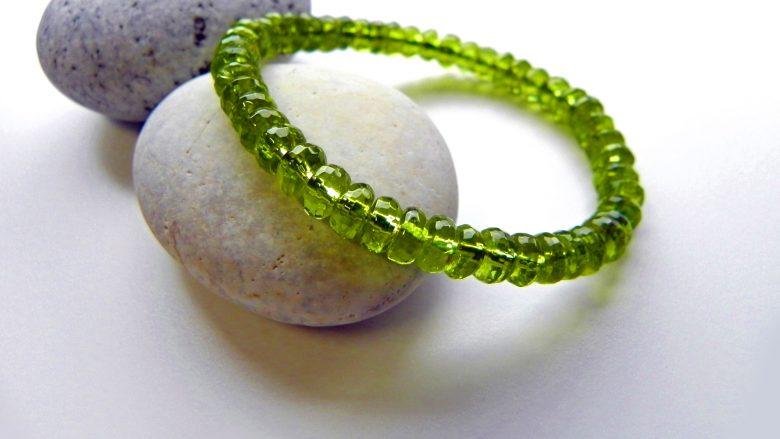 8月の誕生石!眺めているだけで心が癒されるハワイアン・ダイヤモンド「ペリドット」