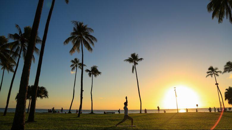 ヨガの先生も実践する!ハワイのおすすめヨガスポット3選