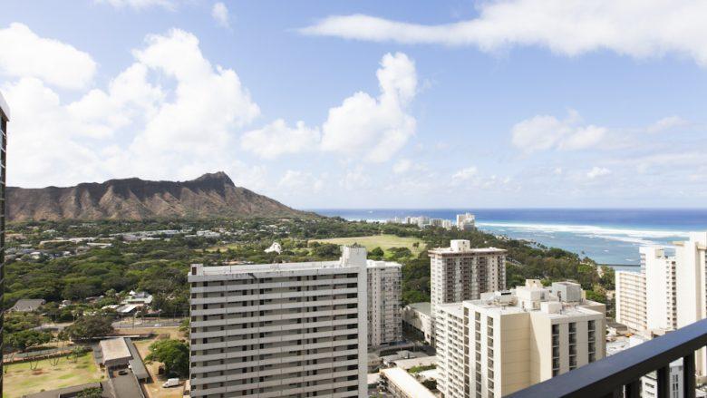 ロコ気分を満喫! ハワイ滞在に使いたいコスパの良いコンドミニアム4選