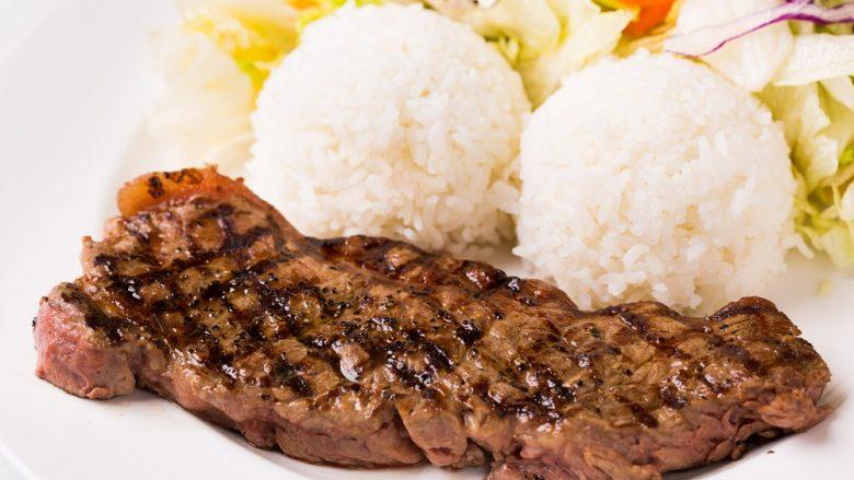 チャンピオンズ・ステーキ&シーフード/Champion's Steak&Seafood