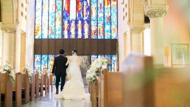 セント・アンドリュース大聖堂のステンドガラスに注目!ドラマティックな体験をしてみて