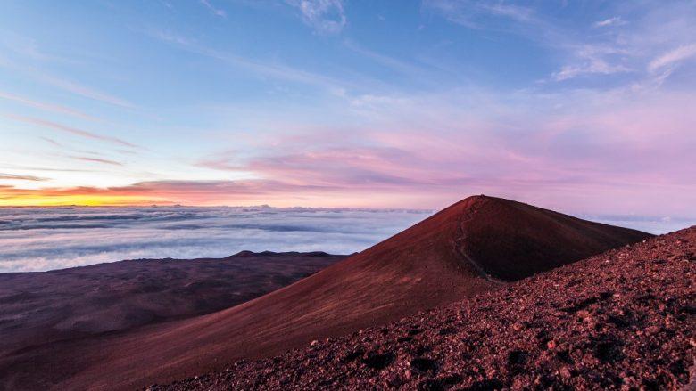 あなたはどちらに行きたい?ハワイ島の「マウナケア」とマウイ島の「ハレアカラ」を比べてみました!