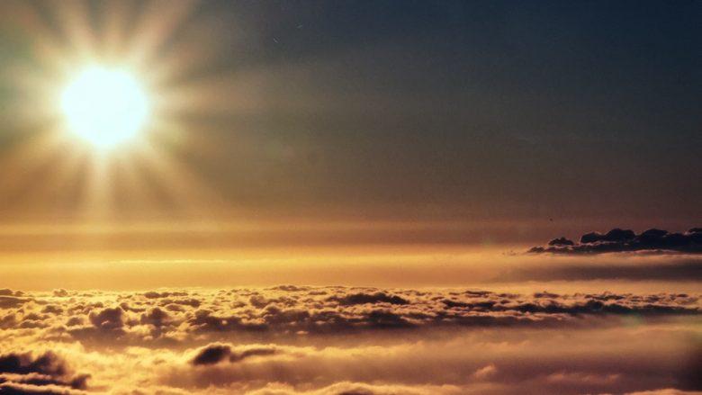 太陽の家「ハレアカラー国立公園」と神マウイの島