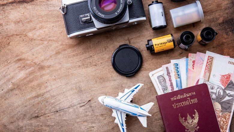 ハワイにポラロイドカメラを持っていくには?注意するポイントと空港手続きについて