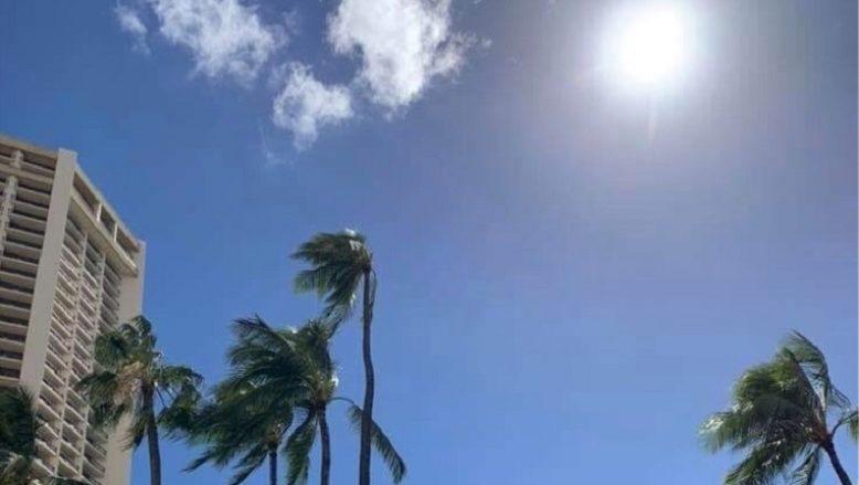 影が消える?!ハワイの不思議な自然現象をご紹介!